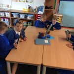 year 2 ind pics and ipads 015