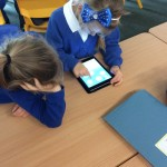 year 2 ind pics and ipads 021
